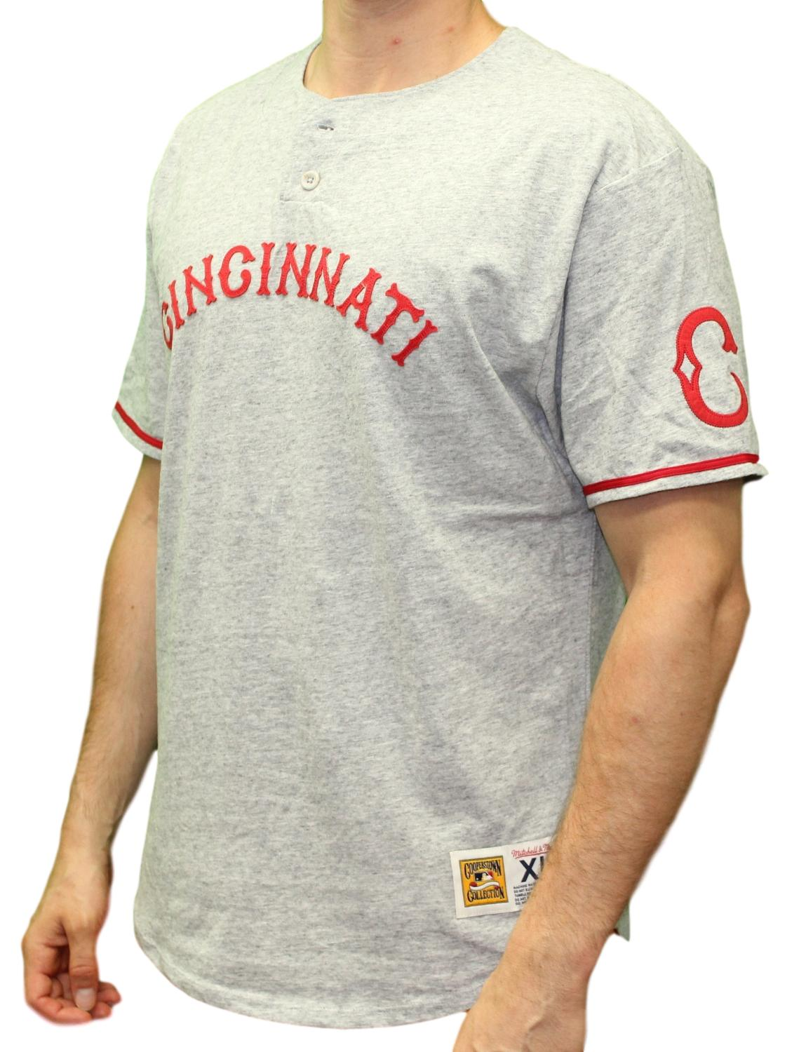 "Cincinnati Reds Mitchell & Ness MLB ""The Victory"" Short Sleeve Henley Shirt"