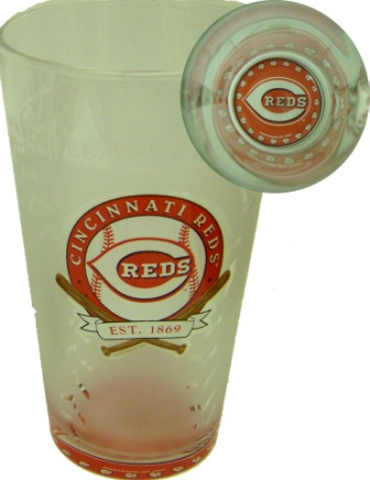 Cincinnati Reds 17 Oz. Glass